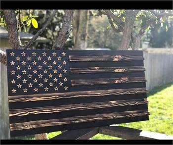 Lunaris Custom Flags & Woodwork