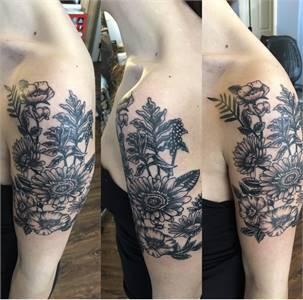 Redpups Lacey Tattoo company